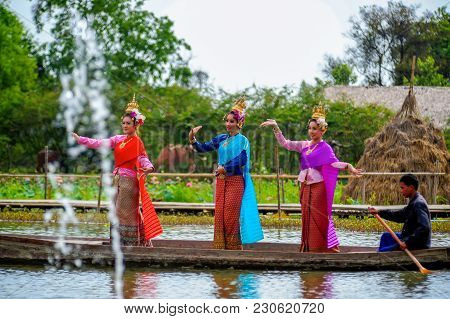 Ayutthaya, Thailand - May, 15, 2011: Women Actors With Various Colors Of Dresses Performing Thai Lit