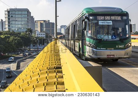 Sao Paulo, Brazil, December 14, 2017. Articulated Bus Traffic On The Tiradentes Express, Formerly