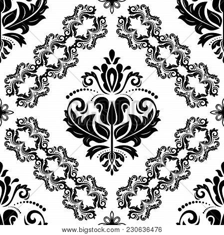 Classic Seamless Vector Pattern. Damask Orient Ornament. Classic Vintage Black And White Background