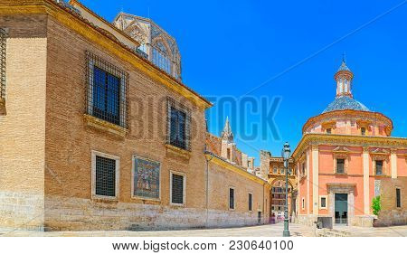 Valencia, Square Of The Virgin Saint Mary And Basilica Of The Mo