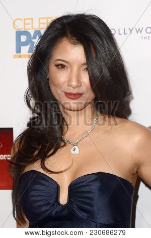 LOS ANGELES - FEB 4:  Kelly Hu at the 3rd Annual Roger Neal Style Hollywood Oscar Viewing Dinner at the Hollywood Museum on February 4, 2018 in Los Angeles, CA