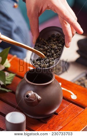Chinese Tea Ceremony - Sands Of Oolong Tea