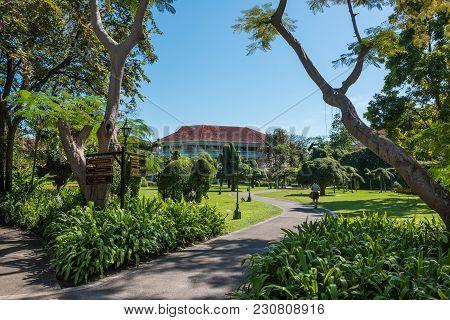 Hua Hin, Thailand - December 26, 2015: Hua Hin Villas Entrance Path. Hua Hin Is Famous Holiday Town