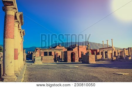 An Ancient City Of Pompeii Archaeological Excavations Ruins View With High Greek Roman Culture Colum