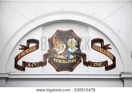 London, England - March 12, 2017 Punch And Judy Pub, The Market, Covent Garden Piazza, London, Engla