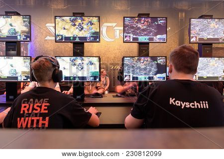Cologne, Germany - August 24, 2017: Trade Fair Visitors Playing The Game Starcraft At Gamescom 2017.