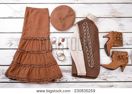 Autumn Collection Of Women Outfit. Full Set Of Women Clothes. Chain Necklace, Earring, Bracelete. Br