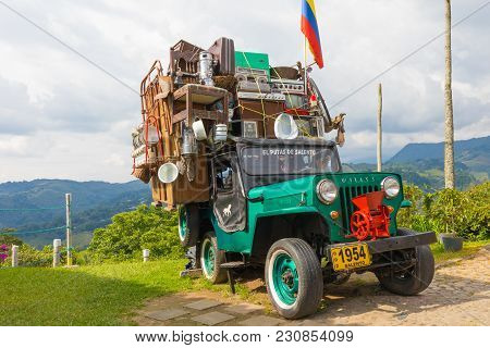 Salento March 2018 This Willys Jeep Of The 60s Is Used By Colombian Who Live In The Coffee Productio