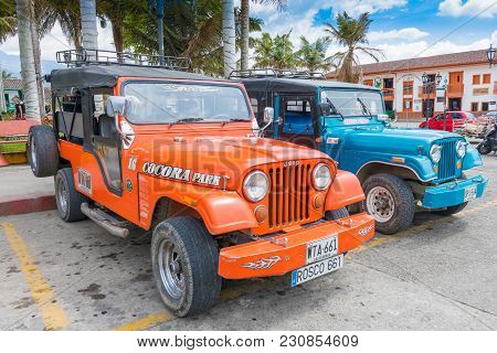 Salento March 2018 These Willys Jeeps Leave Every Hour From The Main Square Of Salento In Colombia,