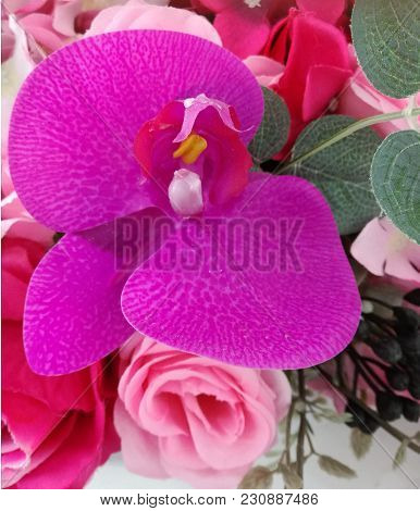 Artificial Beautiful Calla Lily With Rose Flowers