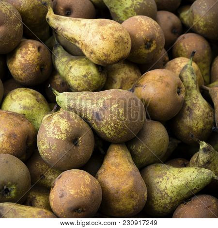 Ripe Fresh Pears For Sale On The Market