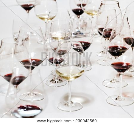 Many glasses of different wine
