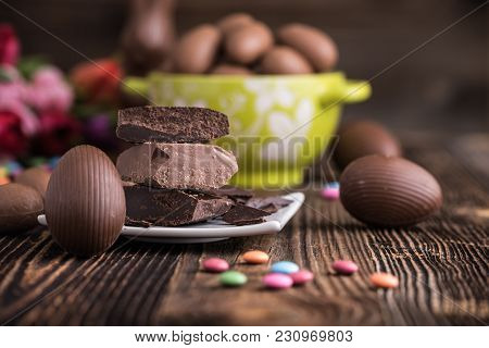 Chocolate Easter Eggs With Raw Chocolate