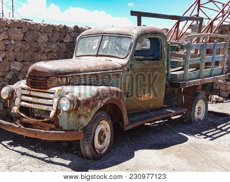 Colchani Bolivia Old Rusty Truck In Colchani Village At The Edge Of Salar De Uyuni