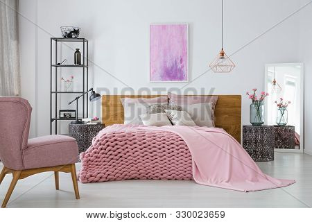 Pink Cozy Woolen Blanket And Duvet On Warm King Size Bed In Classy Bedroom Interior, Abstract Painti