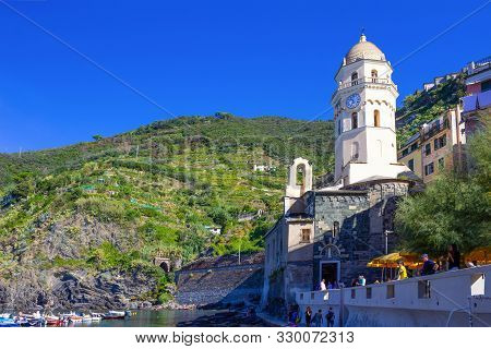 Vernazza, Italy - September 14, 2019: Church And Sandy Beach In Vernazza Town, Cinque Terre National