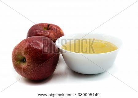 Applesauce Isolated On White Background Cut Out