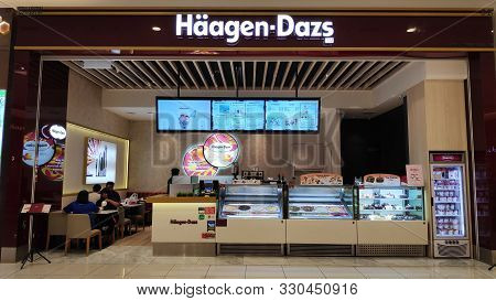 Johor Bahru, Malaysia- 28 Oct, 2019: Haagen Dazs Logo In Front Of Their Local Shop And Restaurant In