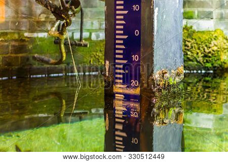 Water Height Measure Pole, Measurement Method According To The Normal Amsterdam Level, Dutch Altitud
