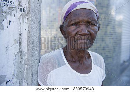 Caruaru, Pernambuco, Brazil - July 11, 2016: Ocasional Portrait Of An Afro Brazilian Senior Woman In