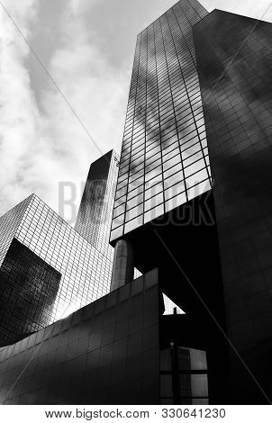 Rotterdam, Netherlands - September 7, 2019: Skyscraper Complex Gebouw Delftse Poort In The Morning S