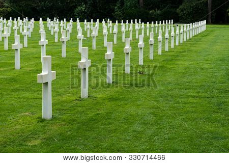 Omaha Beach, Normandy / France - 16 August 2019: View Of Headstones In The American Cemetery At Omah