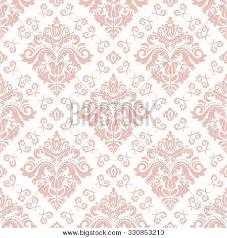 Classic Seamless Vector Light Pink Pattern. Damask Orient Ornament. Classic Vintage Background. Orie