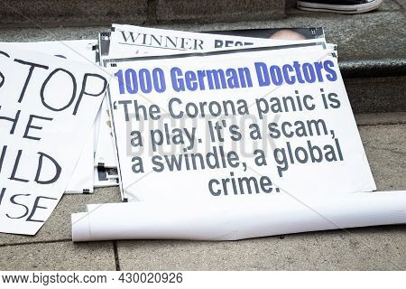 Vancouver, Canada - August 14,2021: A View Of Sign The Corona Panic Is A Play, Its A Scam, A Swindle