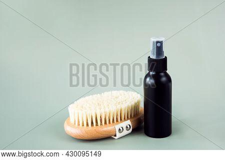 Anti-cellulite Body Massage Wooden Brush, Eco-friendly Bamboo Fiber Scrub And Cosmetic Bottle. Body