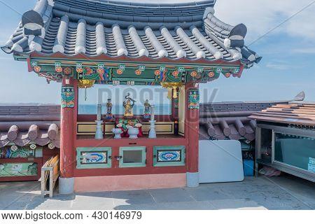Seosan, South Korea; August 4, 2021: Buddhist Alter At Ganwoldo Island Ganworam Hermitage Seaside Te