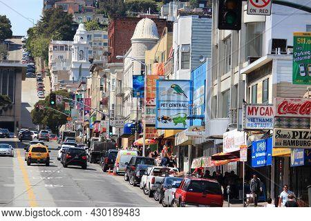 San Francisco, Usa - April 8, 2014: Broadway Street In San Francisco, Usa. Broadway Is Traditionally