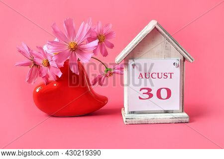 Calendar For August 30 : The Name Of The Month Of August In English, The Number 30, A Cup Of Tea, Bo
