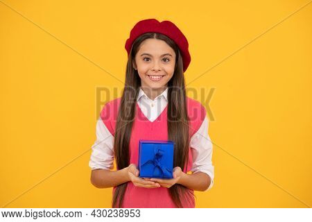 Tween And Youth. Purchase A Gift. Good Offer. Happy French Teen Girl Hold Present Box.