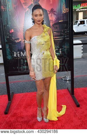 LOS ANGELES - AUG 17: Thandie Newton, Thandiwe Newton arrives for the 'Reminiscence' Los Angeles Premieree on August 17, 2021 in Hollywood, CA