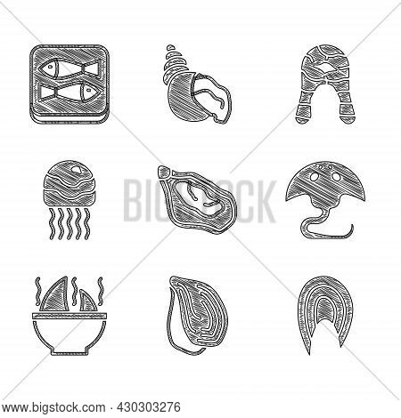 Set Mussel, Fish Steak, Stingray, Shark Fin Soup, Jellyfish, And Canned Icon. Vector