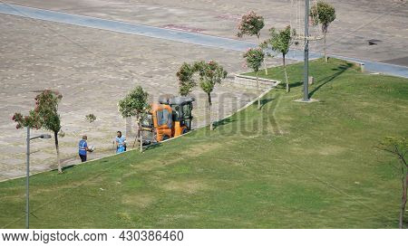 22 July 2021 Izmir Turkey. Municipality Workers Cleaning Up Alsancak Kordon In The Morning