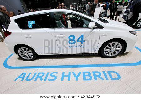 Toyota Auris Hybrid Car