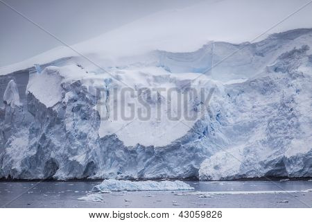 Antarctic Iceberg Tranquil Image