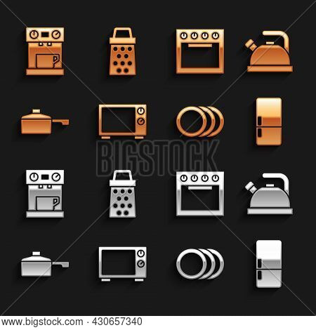 Set Microwave Oven, Kettle With Handle, Refrigerator, Plate, Frying Pan, Oven, Coffee Machine And Gr