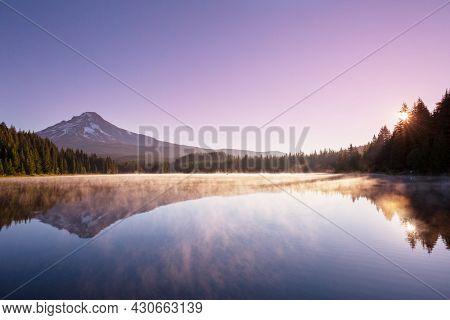 Mount. Hood in Oregon, USA. Beautiful natural landscapes