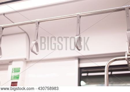 Handle Loop For Passeger Holding On The Train,safety Handle In Subway