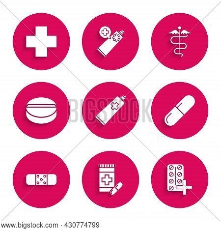 Set Ointment Cream Tube Medicine, Medicine Bottle And Pills, Pills Blister Pack, Or Tablet, Bandage