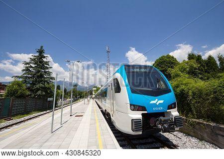 Kamnik, Slovenia - June 16, 2021: Slovenian Railways (slovenske Zeleznice) Dmu Diesel Multiple Unit,