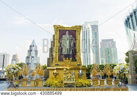 Bangkok ,thailand -oct 30,2019: Large Portrait Of Thai King, His Majesty King Bhumibol Adulyadej The
