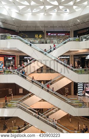 Genting Highlands, Malaysia - Oct 18,2017 : People Can Seen Exploring Around Skyavenue. It Is A New