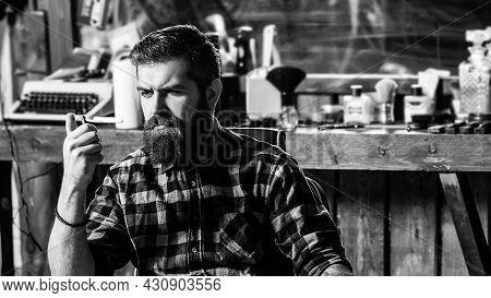 Barber Holding Straight Razor. Vintage Straight Razor. Bearded Style, Fashion. Barber Shop. Stylish