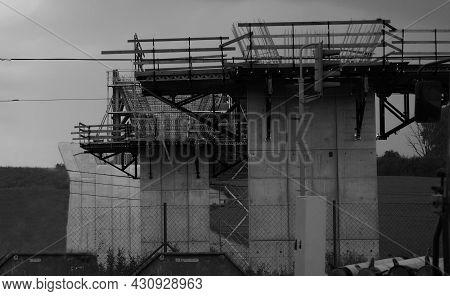 Construction Of Pillars For Bridge, Construction Industry, Concrete Pillars, Atmospheric