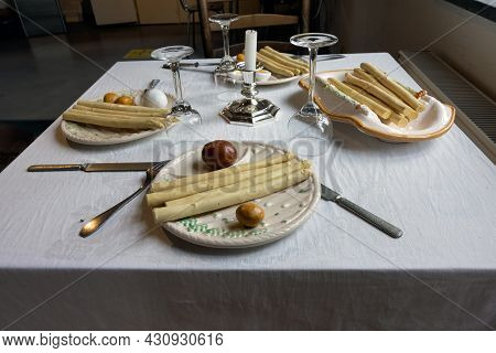 Melderslo, The Netherlands - June 19, 2021: Historic Open Air Museum With Kitchen And Asparagus Food
