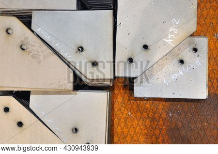 Metal Cutting. Warehousing Of Finished Parts With Marking.
