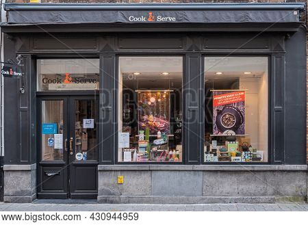 Brugge, Flanders, Belgium - August 4, 2021: Cook And Serve Store Sells Every Tool Needed To Cook And